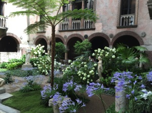 Another view of the flowers in the courtyard.